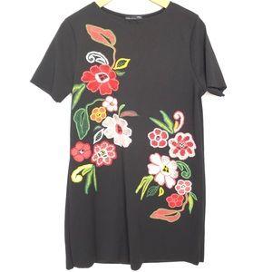 NWT Zara Trafaluc Black Floral Shift Dress L